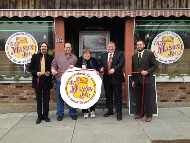 Community Crowdsources Struggling Restaurant into Financial Success