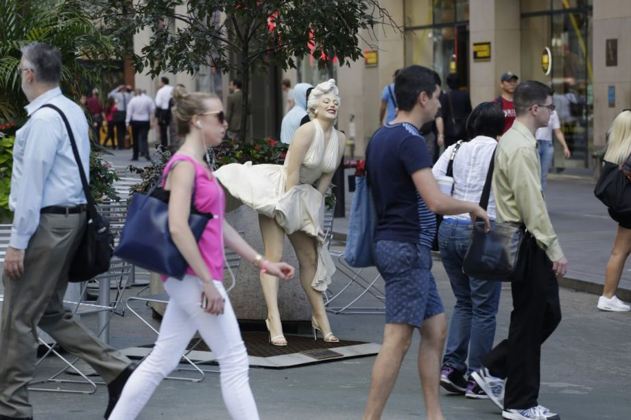Three Key Ingredients to Create Memorable Streets That Draw More Pedestrians